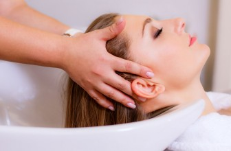 Untypische Pflege: Haarkur mit der Majonäse